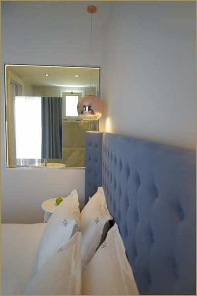 Studio for Two Bed in Blue